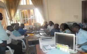 Les participants devant leurs ordinateurs